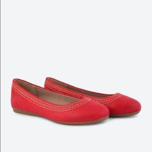 Easy Spirit Ginara Red Stitched Ballerina Shoes